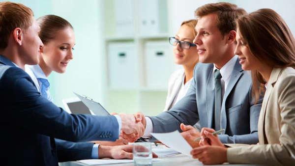 В каких случаях востребованы услуги юриста для юридических лиц?